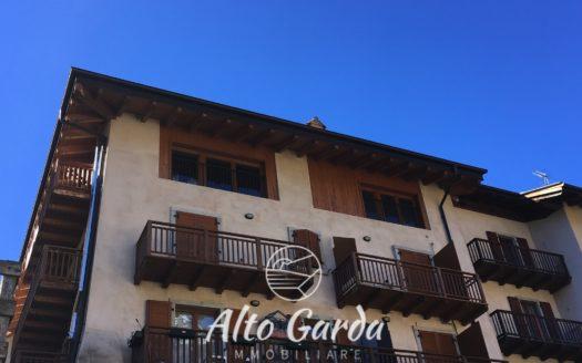 103-trilocale-giardino-ledro-05-525x328 HOME PAGE