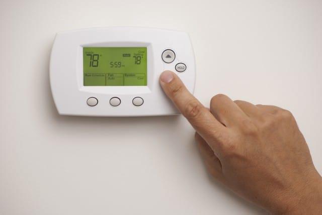 risparmiare-riscaldamento-regolando-il-termostato-Alto Garda Immobiliare