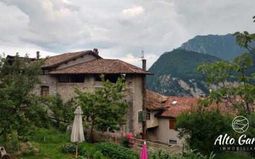 168 - Alto Garda Immobiliare - Ville del monte