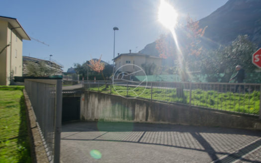 201-Magazzino-Arco-Alto Garda Immobiliare